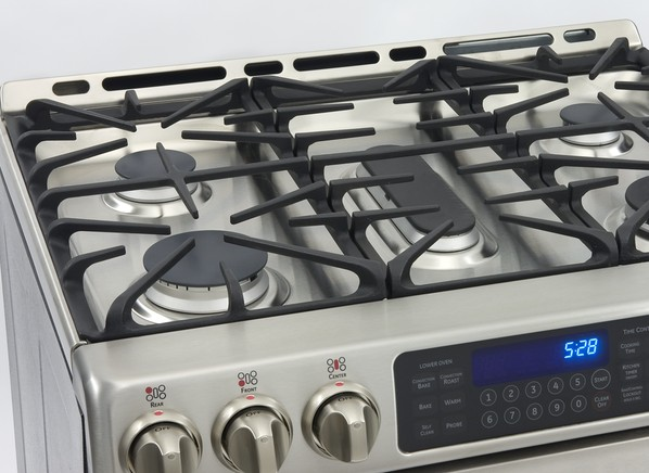 thermador cem304cb 30 smoothtop electric cooktop