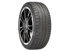 Kumho ECSTA PS91 ultra high performance summer tire