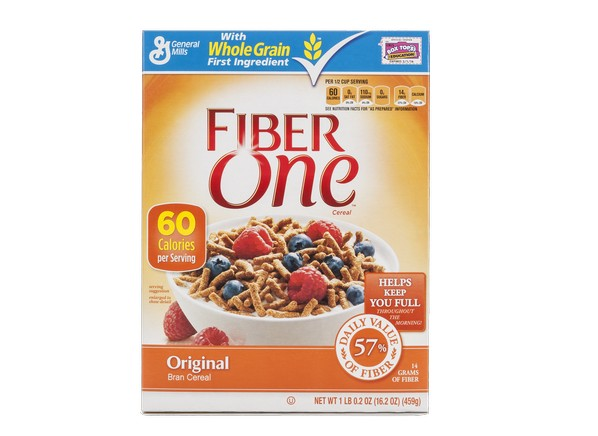 There are 60 calories in a 1/2 cup serving of Fiber One Original Cereal.: Calorie breakdown: 8% fat, 85% carbs, 7% protein.